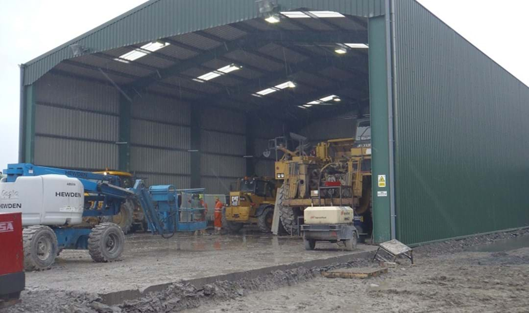 2011 Hutchinson Ashington machinery shed